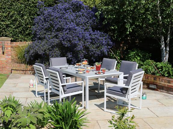 Garden Table And Chairs For Sale In Leeds Garden Table and 4